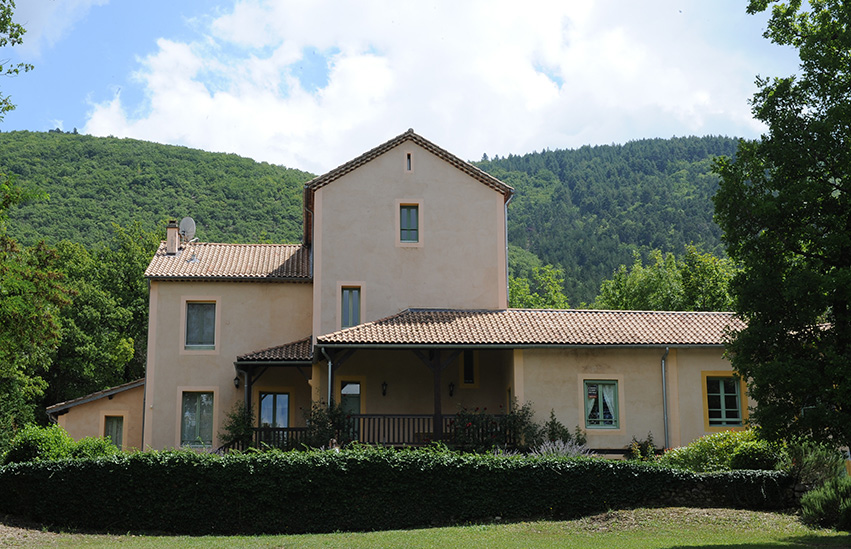 Vooraanzicgr Villa D'Aulan | Chateau des Gipieres